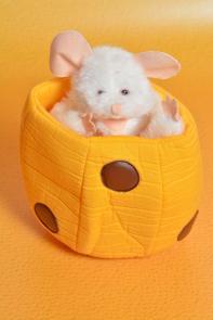 Maus im Käse groß - Design Plüsch