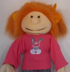 """Shirt: """"Good Girl"""" salmon-pink"""